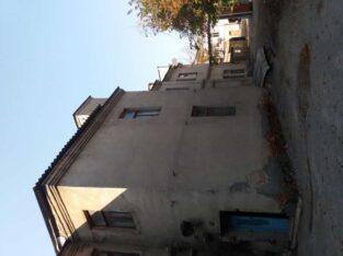 Отдельно-стоящие здание в центре города Харькова