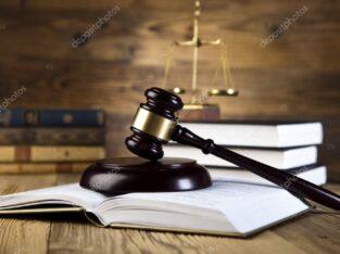 Адвокат в спорах із національною поліцією