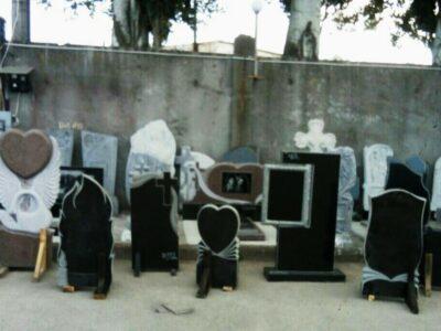 Памятники гранитные и бетонные