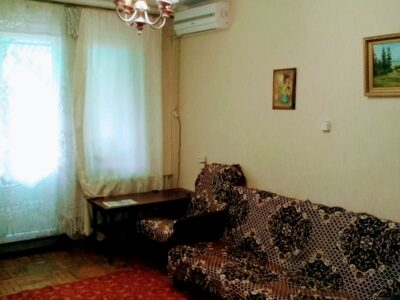 2-хком квартира на длительную аренду на Филатова