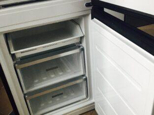 Продам холодильник на детали