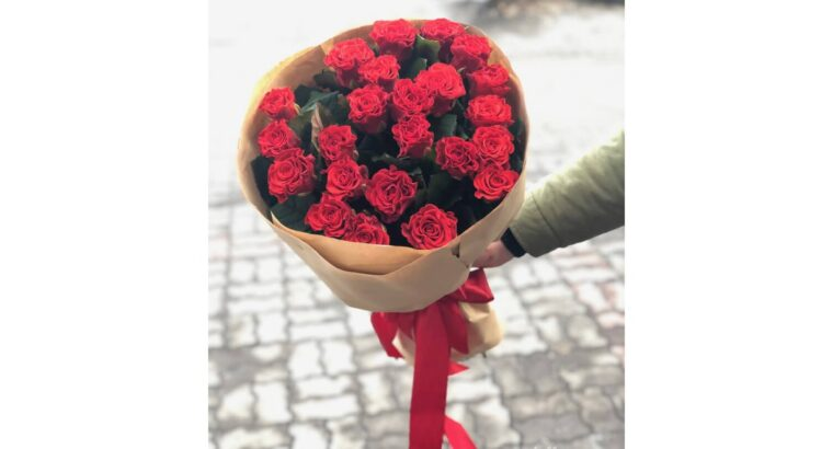25 красных роз Эль торо 70 см