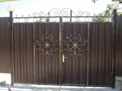 Изготовим металлоконструкции разной сложности, ворота, заборы, калитки, тамбуры, лестницы,