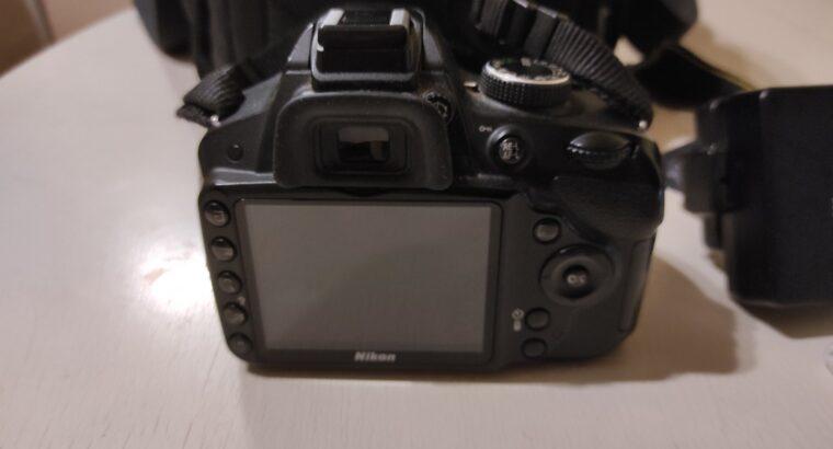 Продам фотоапарат NIKON D3200