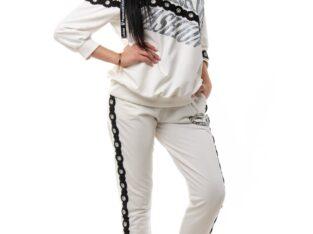 Нарядный костюм 46 белый
