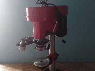 Машинка закаточная полуавтоматическая для жестяной банки №5,№6