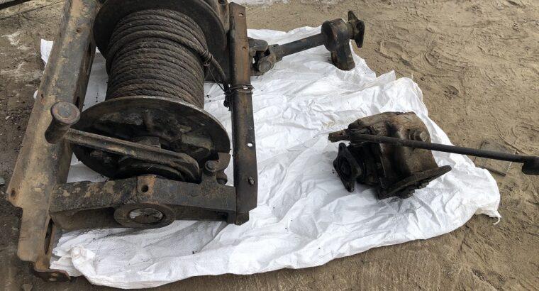 Лебедка Зил 131 с тросом, карданом и комом